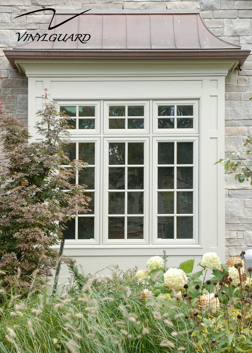 Casement window custom casement window for Custom vinyl windows